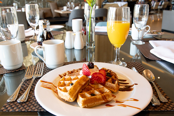 Enjoy a full Mexican or American-style breakfast included with your hotel stay. The daily buffet includes cooked-to-order eggs, waffles/pancakes, selections of pastries and toasts, fresh seasonal fruits, juice/tea/coffee, and more!