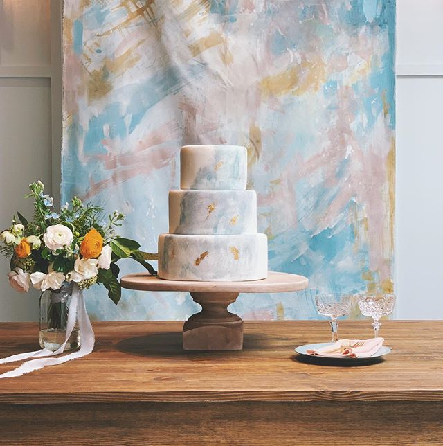 A Perfect Pairing! It was so good to paint again! - Venue: @florathevenue  Tabletop: @hostesshaven Backdrop: @pearlandpen Florals: @florathevenue  Coordination: @florathevenue  Cake: @dlitefulchocolat . . . . #pearlandpen #sandiegowedding #modernwedding #weddinginspiration #sandiegoevents #inspiredbythis #sandiegobride #socalbride #eventsignage #weddinginspiration #weddingbackdrop #decor #textureart #artbackdrop #sandiegowedding #bohowedding #weddinginspiration #sandiegoevents #inspiredbythis #sandiegobride #socalbride #eventsignage #weddinginspiration #eventdecor #weddingsign #eventsignage #weddingdecor #modern #sdartist #eventplanner #eventdecor #sdvenue #sandiegovenue #eventdecoration #floravenue #sdeventspace
