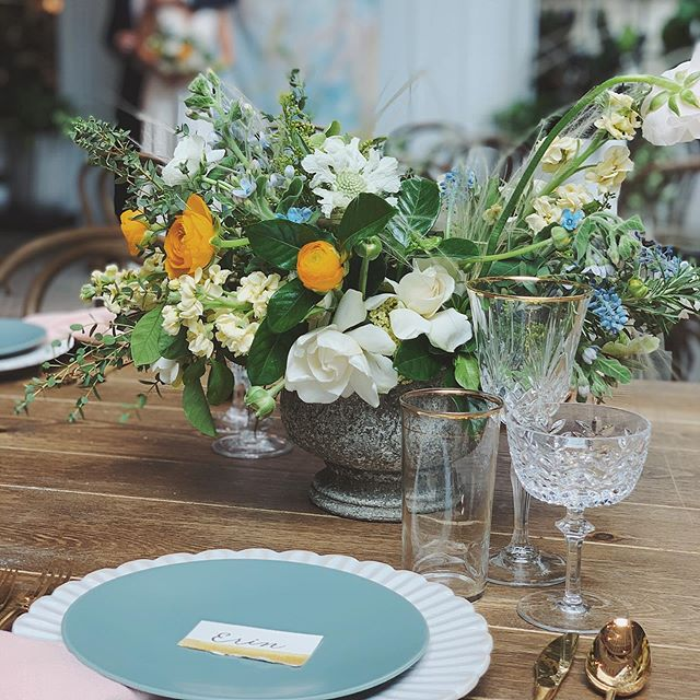 Corie and Jordan over at the Flora Venue did such a great job arranging these florals for this modern traditional tablescape look! - Venue: @florathevenue Florals: Corie & Jordan @florathevenue Coordination: Corie & Jordan @florathevenue Tableware: @hostesshaven Bridal Boutique: @bridal_showcase Models: Alain & Alyssa of @amardiamonds Dress Designer: @watters Jewelry: @amardiamonds . . . . #pearlandpen #sandiegowedding #modernwedding #tablescape #tablescapestyling #weddingtablescape #weddinginspiration #sandiegoevents #inspiredbythis #sandiegobride #socalbride #eventsignage #weddinginspiration #weddingbackdrop #decor #escortcards #artbackdrop #sandiegowedding #bohowedding #weddinginspiration #placecards #sandiegoevents #inspiredbythis #sandiegobride #socalbride #eventsignage #weddinginspiration #eventdecor #weddingsign #eventsignage #weddingdecor #modern #sdartist #eventplanner #eventdecor #sdvenue #sandiegovenue #eventdecoration #floravenue #sdeventspace #moderncalligraphy