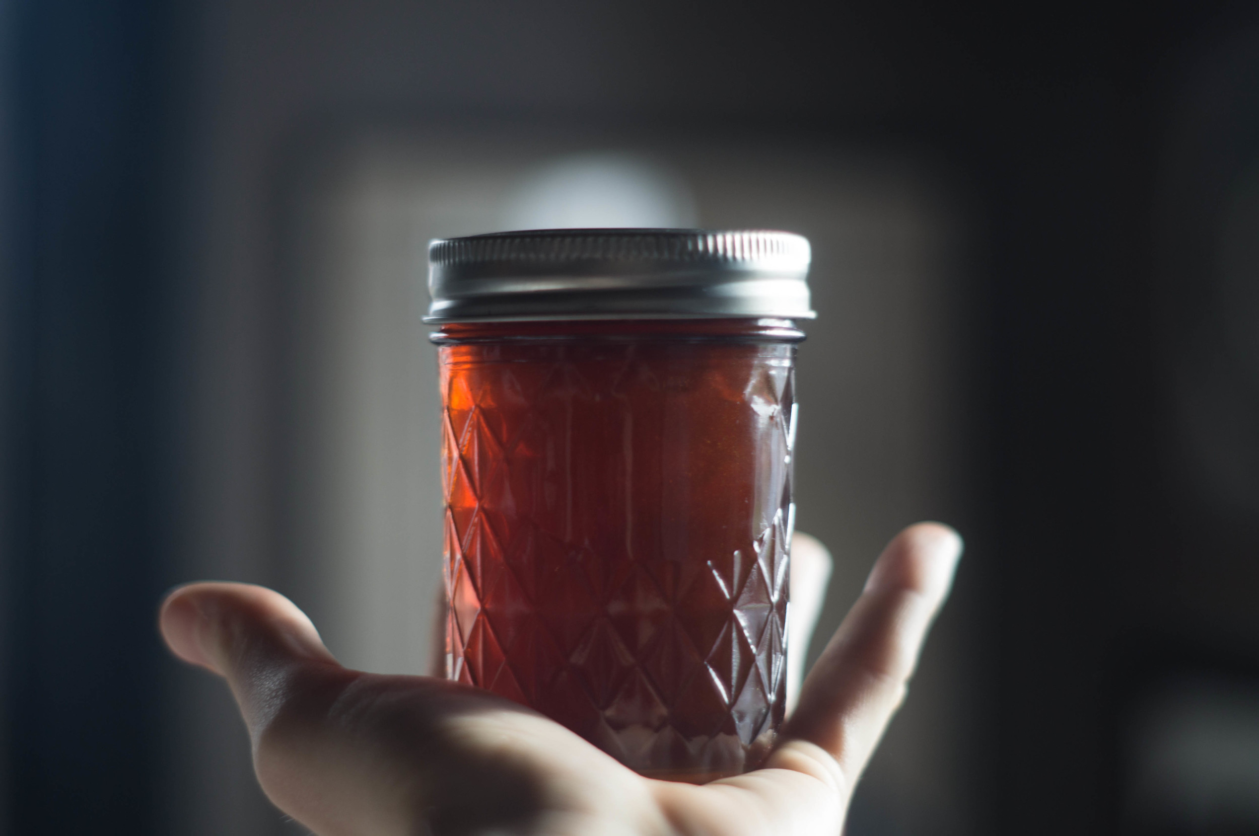 holding-jar-of-honey