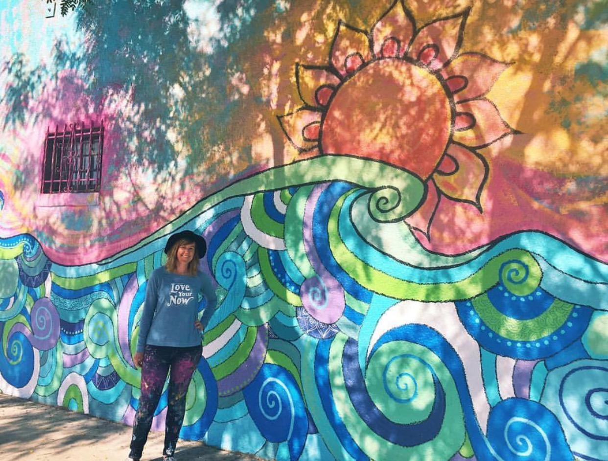 """""""Endless Summer"""" mural for The Avenue Mural Project, City Heights, San Diego, 2017"""