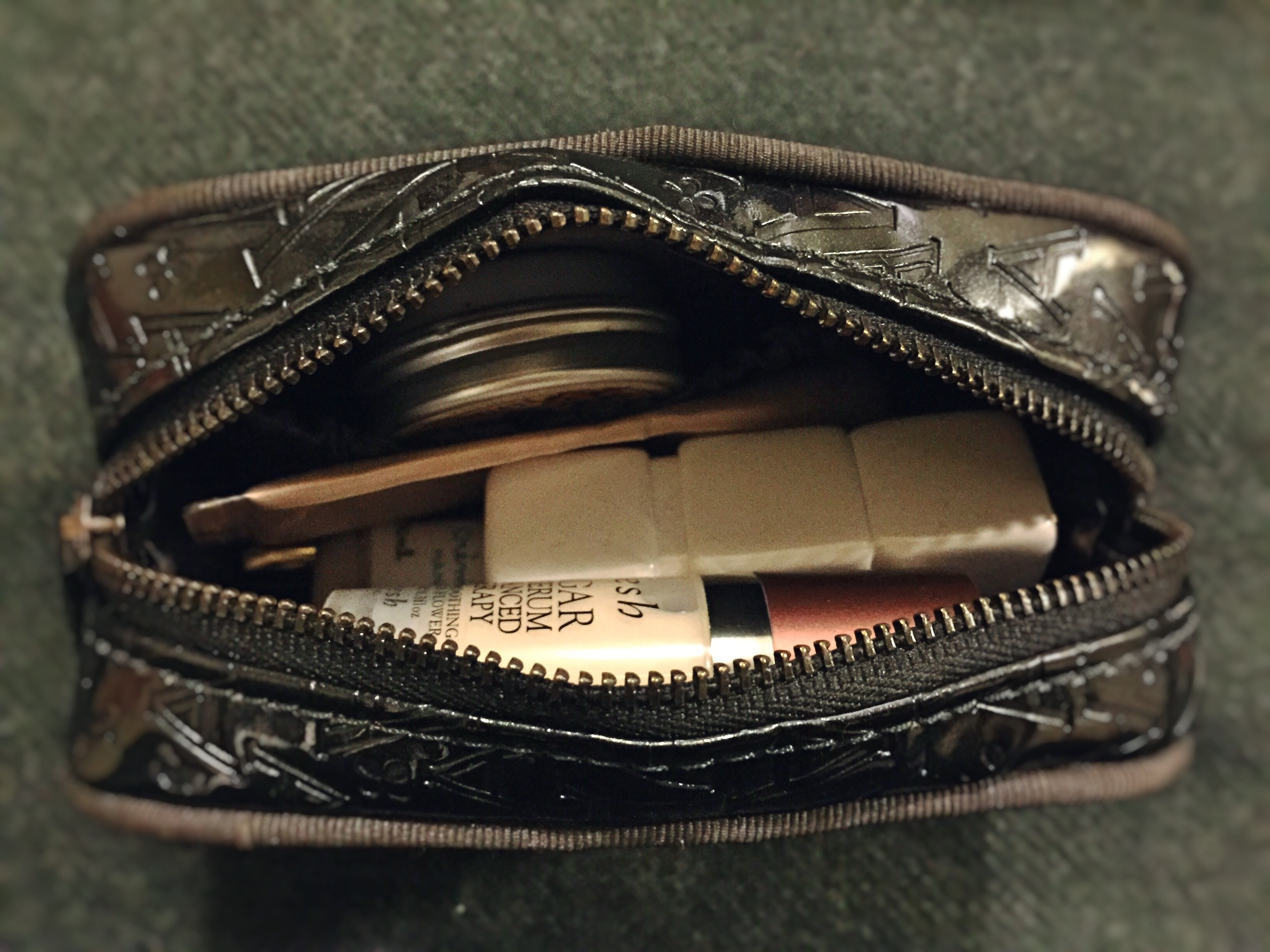 Anteprima  Cosmetic pouch
