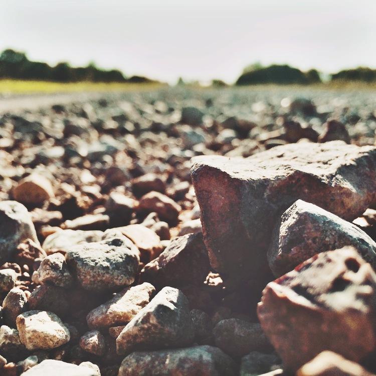 Day 1: Dry gravel road