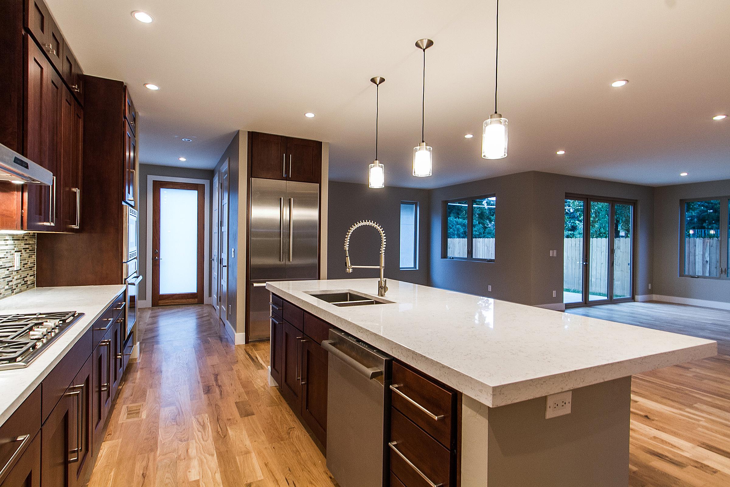 1218 Kitchen2.jpg