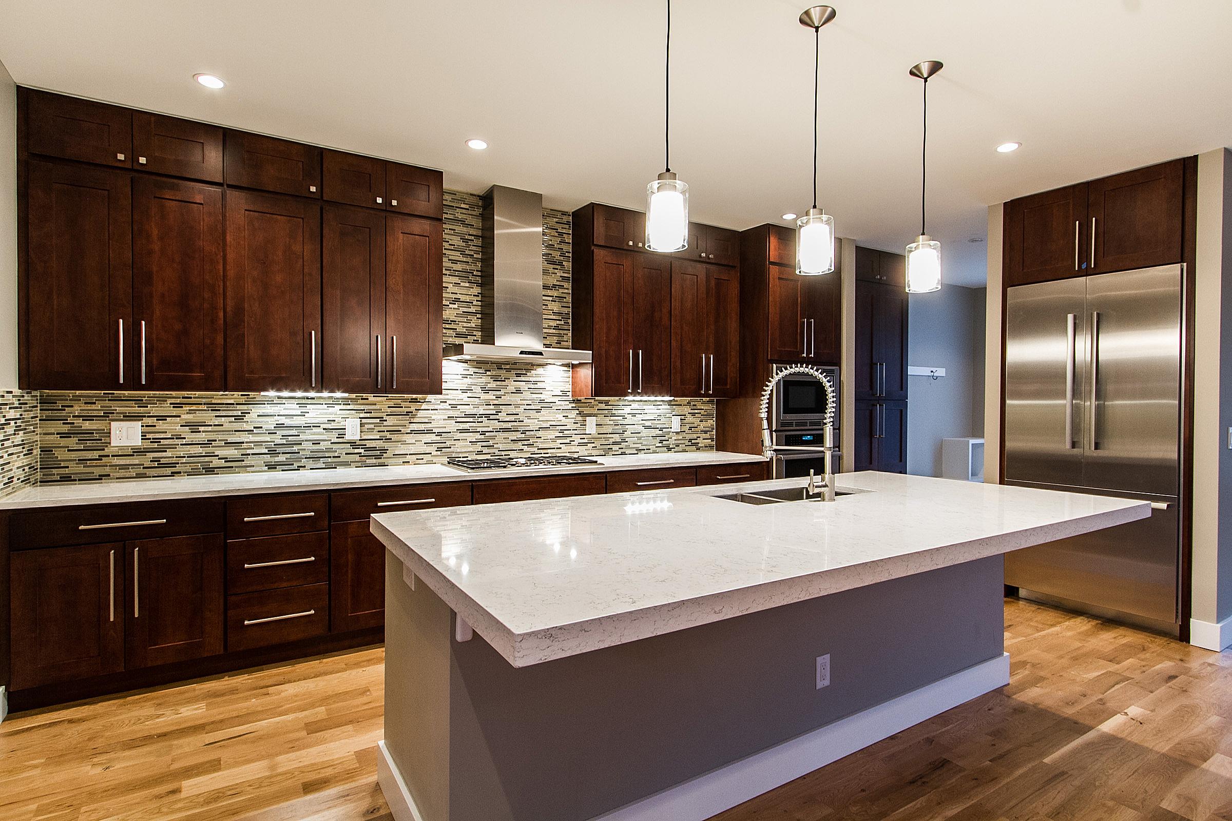 1218 Kitchen.jpg