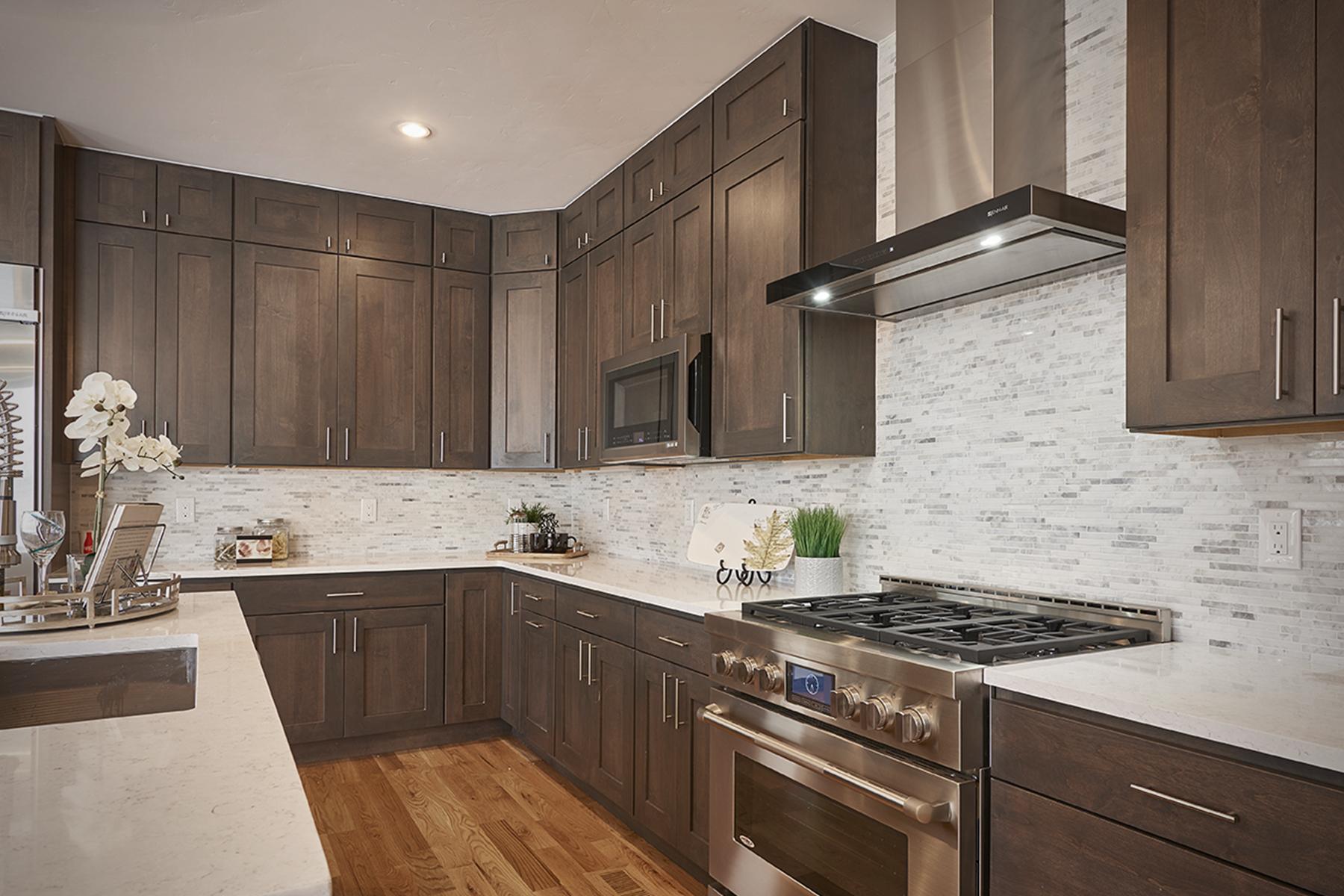 frontier-kitchen3.jpg
