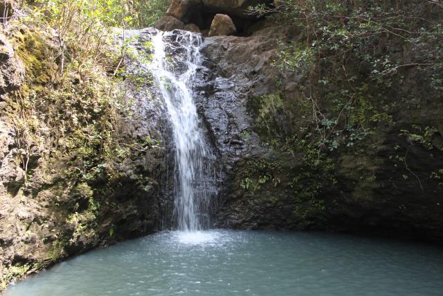 malaekahana-falls-095.jpg