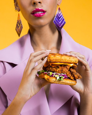 Belly Food Style - Kristyna Archer - Fried Chicken Sandwich_2.jpg