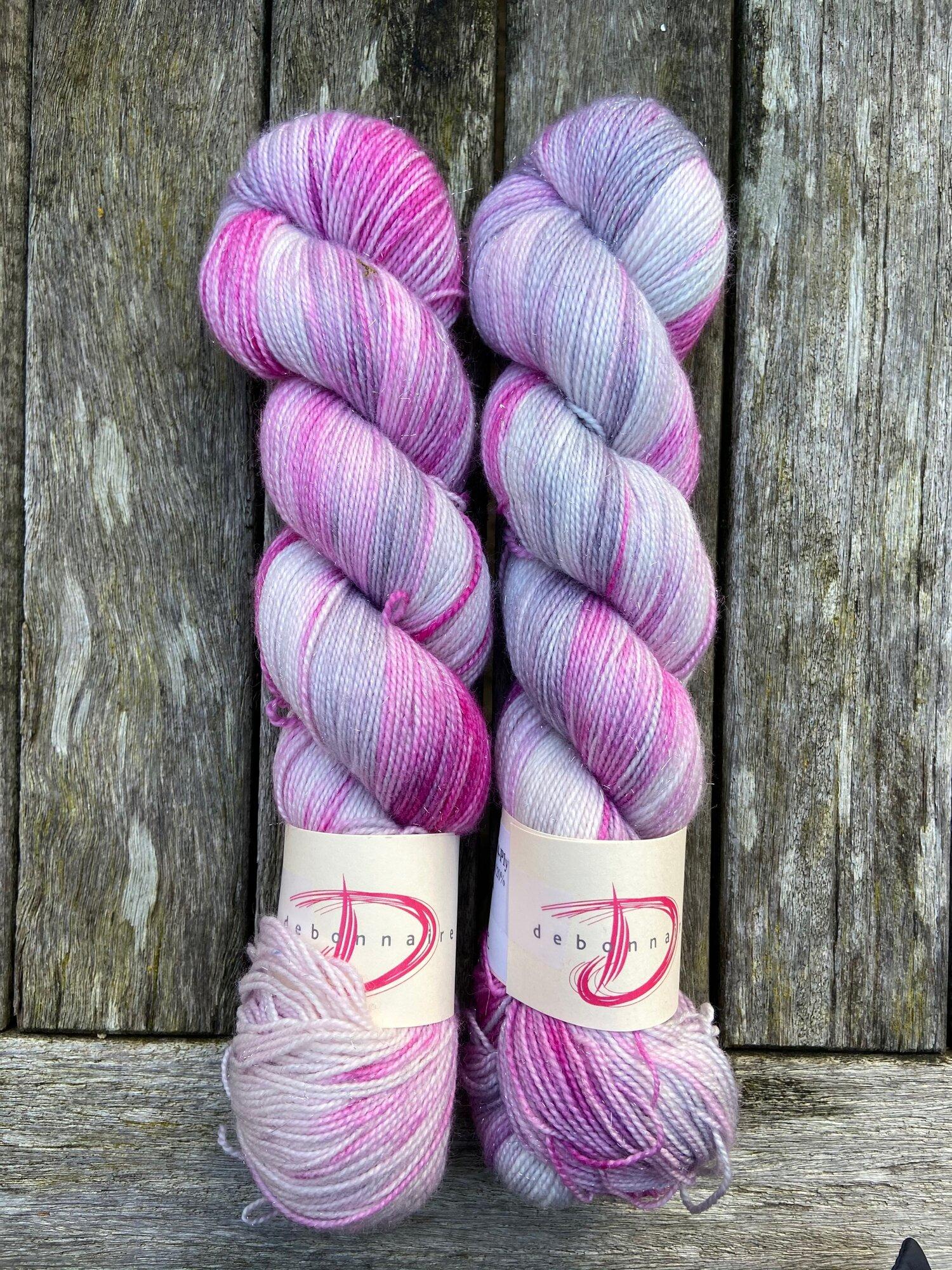 Fancy Feet Hand Dyed Shawl /& Sock Yarn Leather