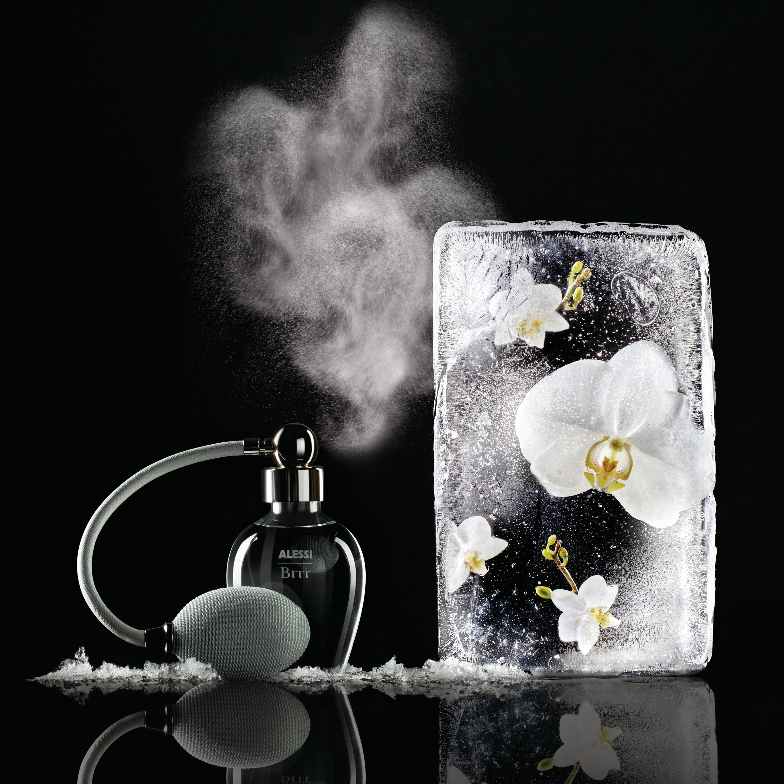 ALES_18_Brrr+room+spray+in+glass+and+zamak+with+Brrr+fragrance+by+Marcel+Wanders+for+Alessi%2C+%C2%A354.jpg