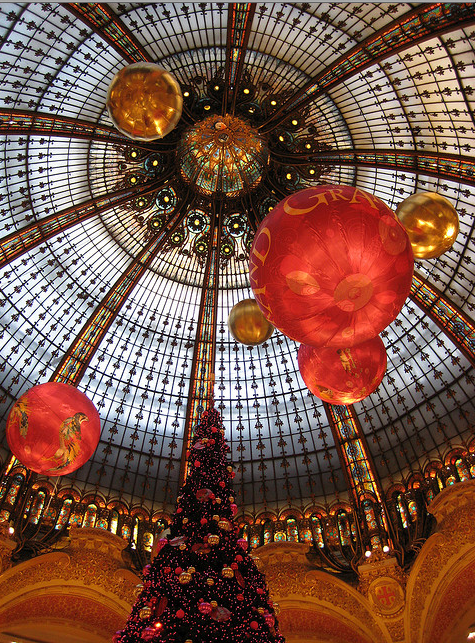 Christmas at the Galleries Lafayette dome
