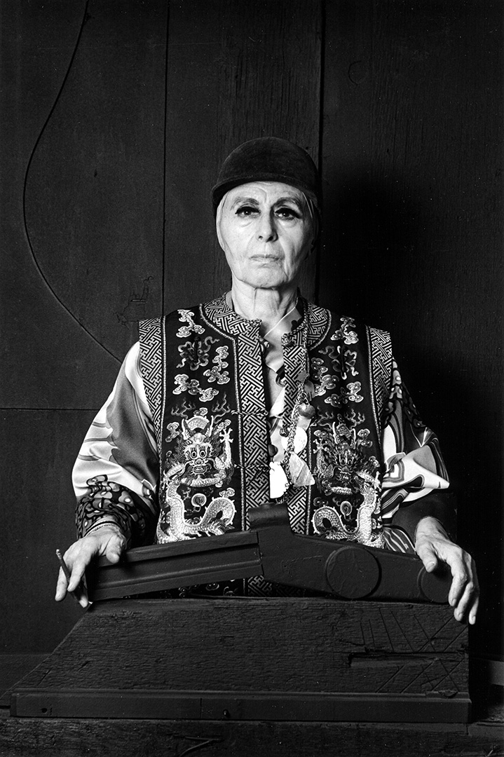 Louise Nevelson, photographed in 1976 © Lynn Gilbert