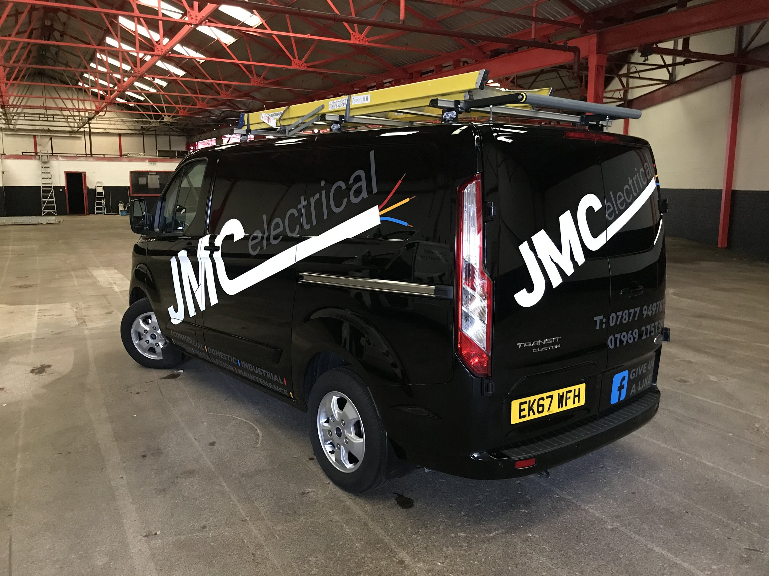 Reflective vehicle graphics