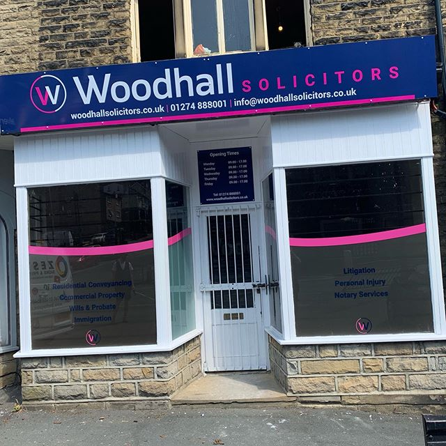 ‪Some photos from last weeks install at Woodhall Solicitors in Bradford. #signage #windowvinyls #wallvinyls @BNI_Terriers ‬
