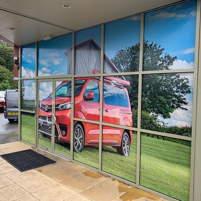 ‪Installed @Contra_Vision one way vinyl onto @wellhousecamper entrance windows today. What a difference the right lifestyle graphics can make. @markflynnphoto will have to get you involved with a custom shot for the next set. @BNI_Terriers ‬