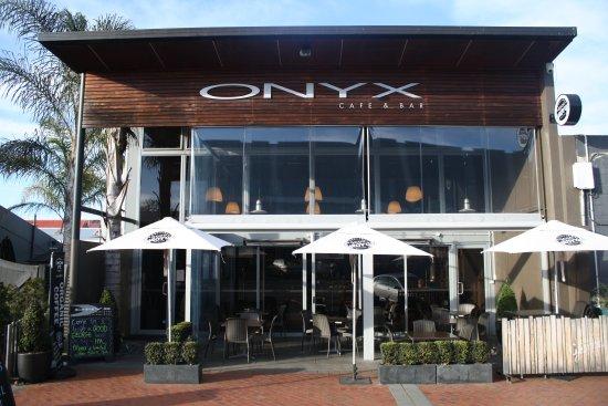 Onyx Cafe & Bar