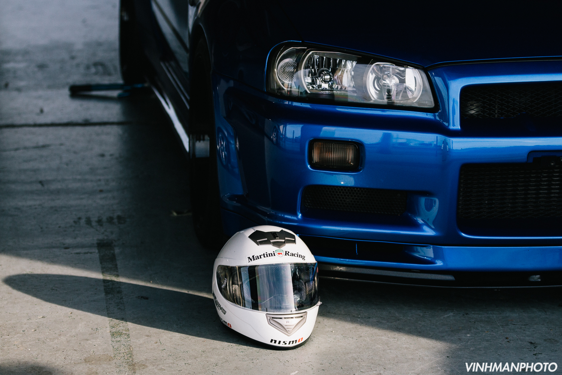 Nissan Skyline GTR R34 at the track