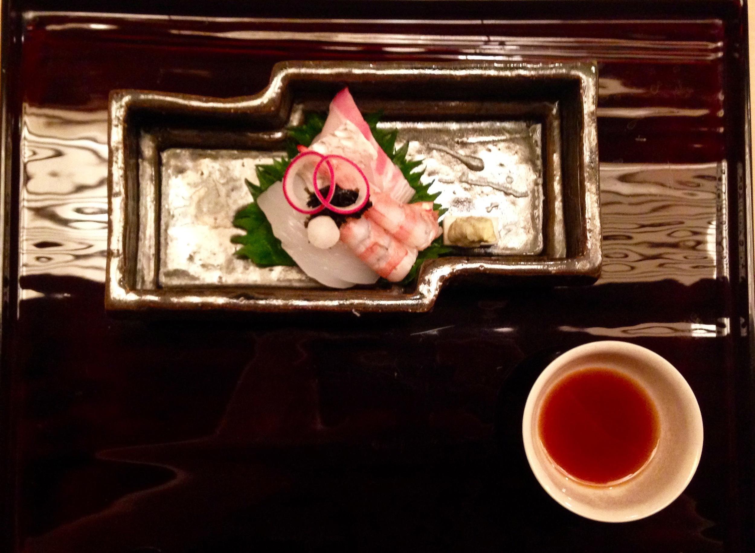 Mukozuke Course: sashimi course of sea bream, shrimp and cuttlefish