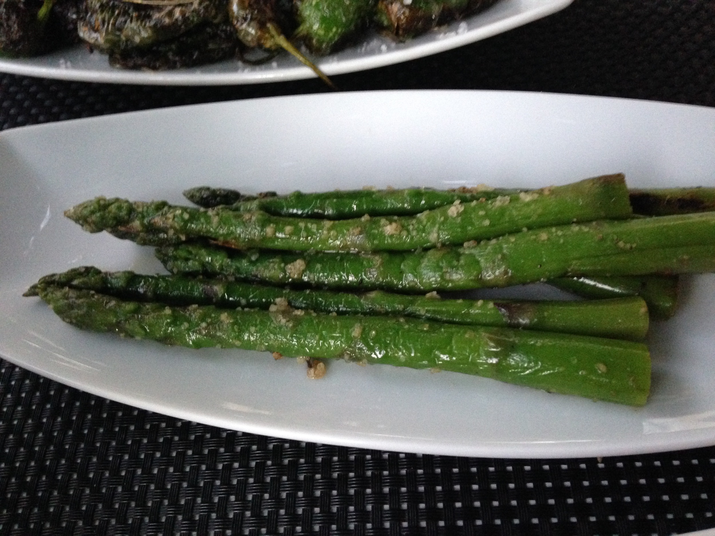 who doesn't like grilled asparagus?
