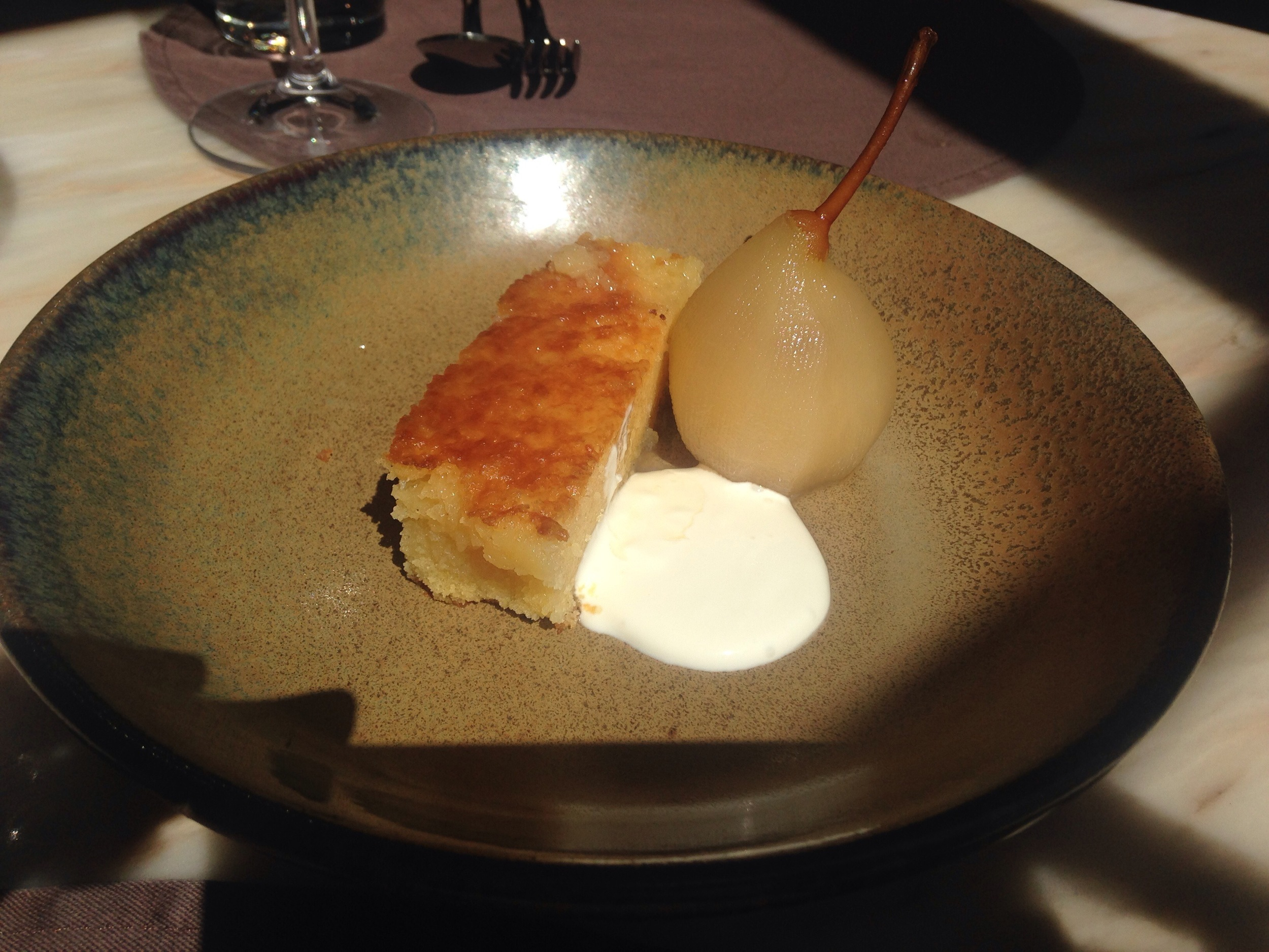 almond cake w/poached pear