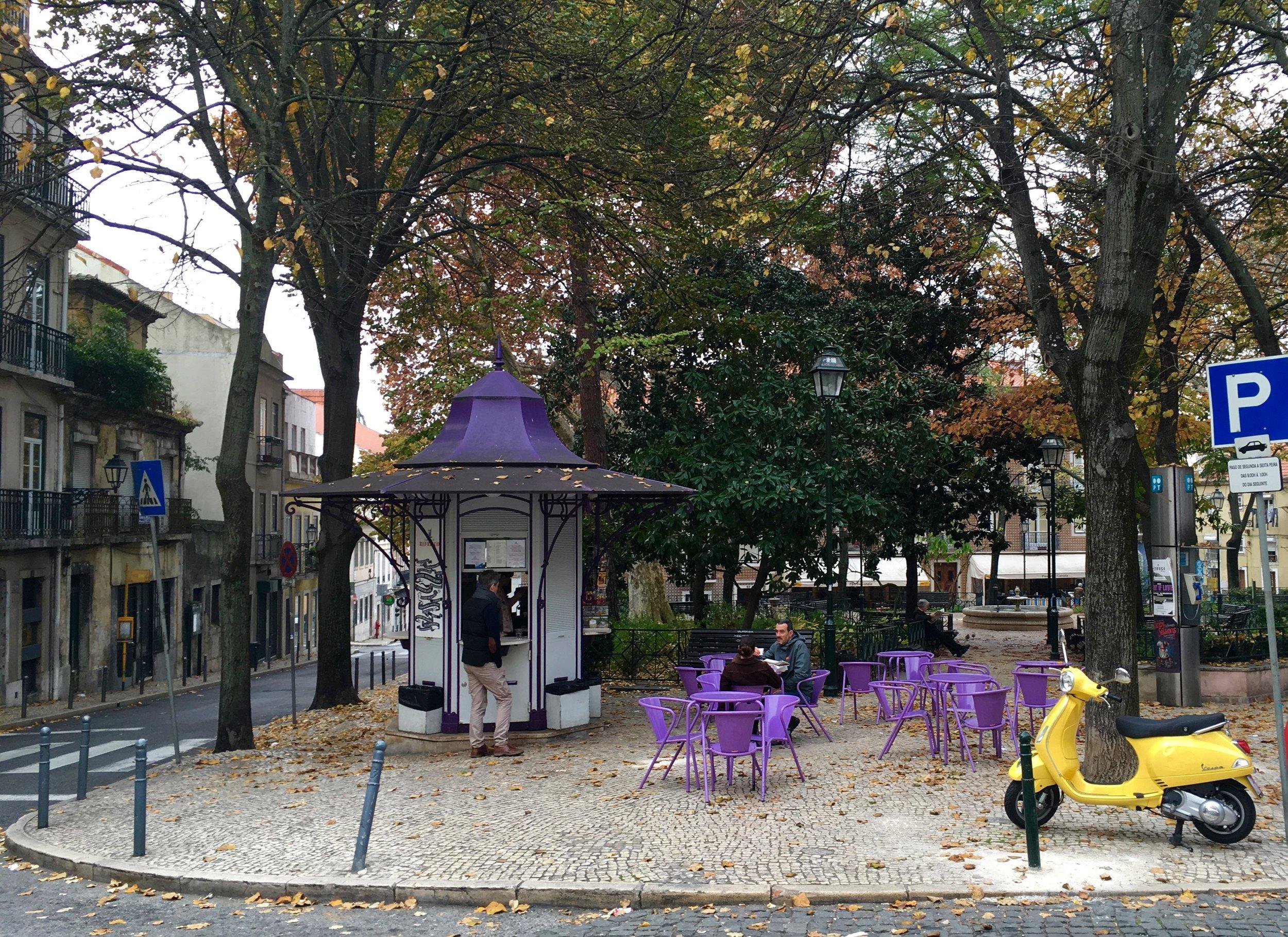 Quiosque Praça das Flores, Lisbon