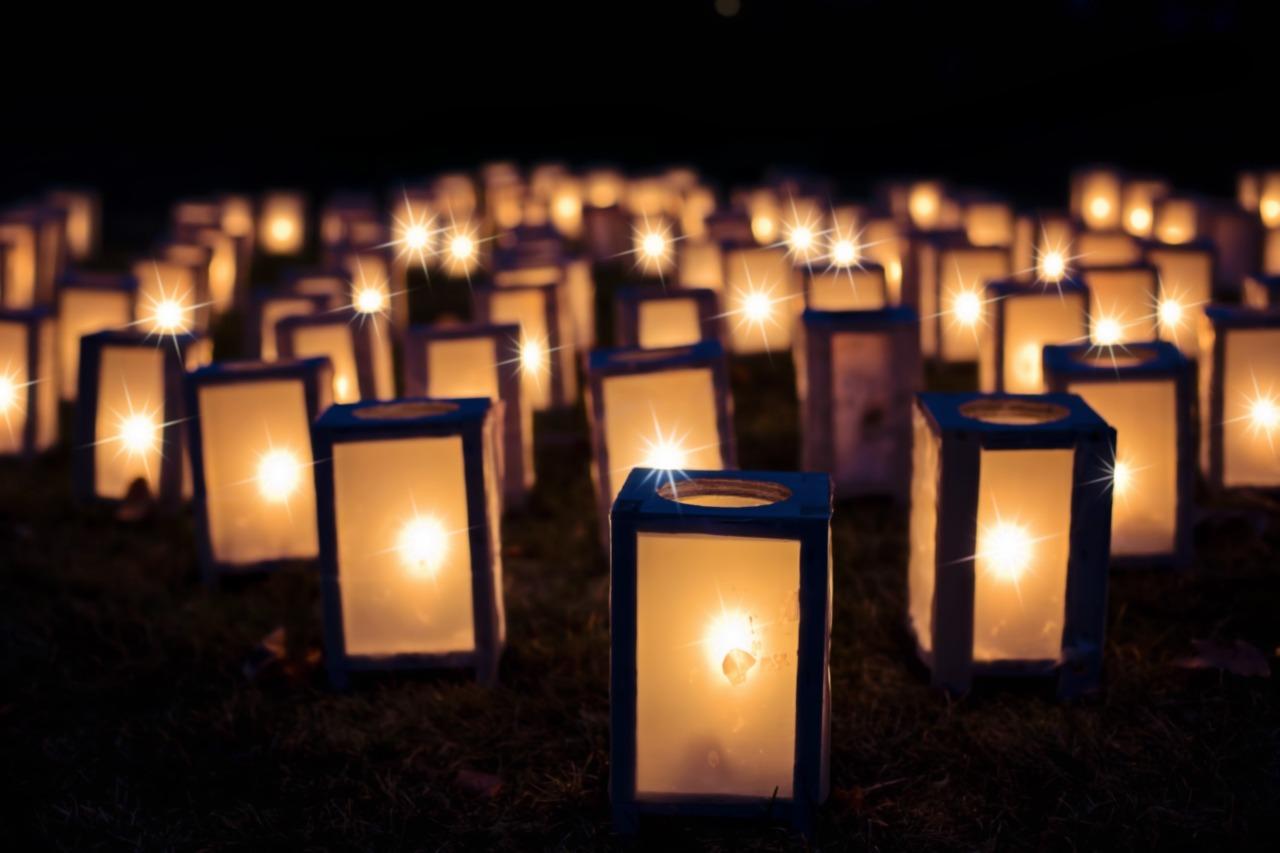 lights-1088141_1280.jpg