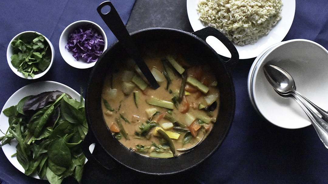 Gracious Vegan Green or Red Thai Curry