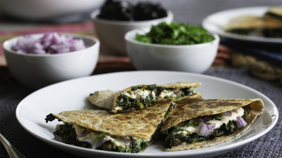 Spinach and mushroom quesadilla 16x9.jpg