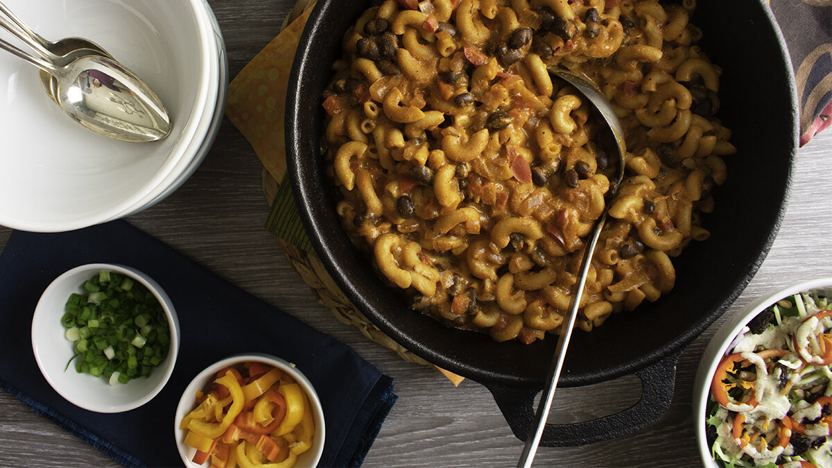 One-pot cheesy chili mac.jpg
