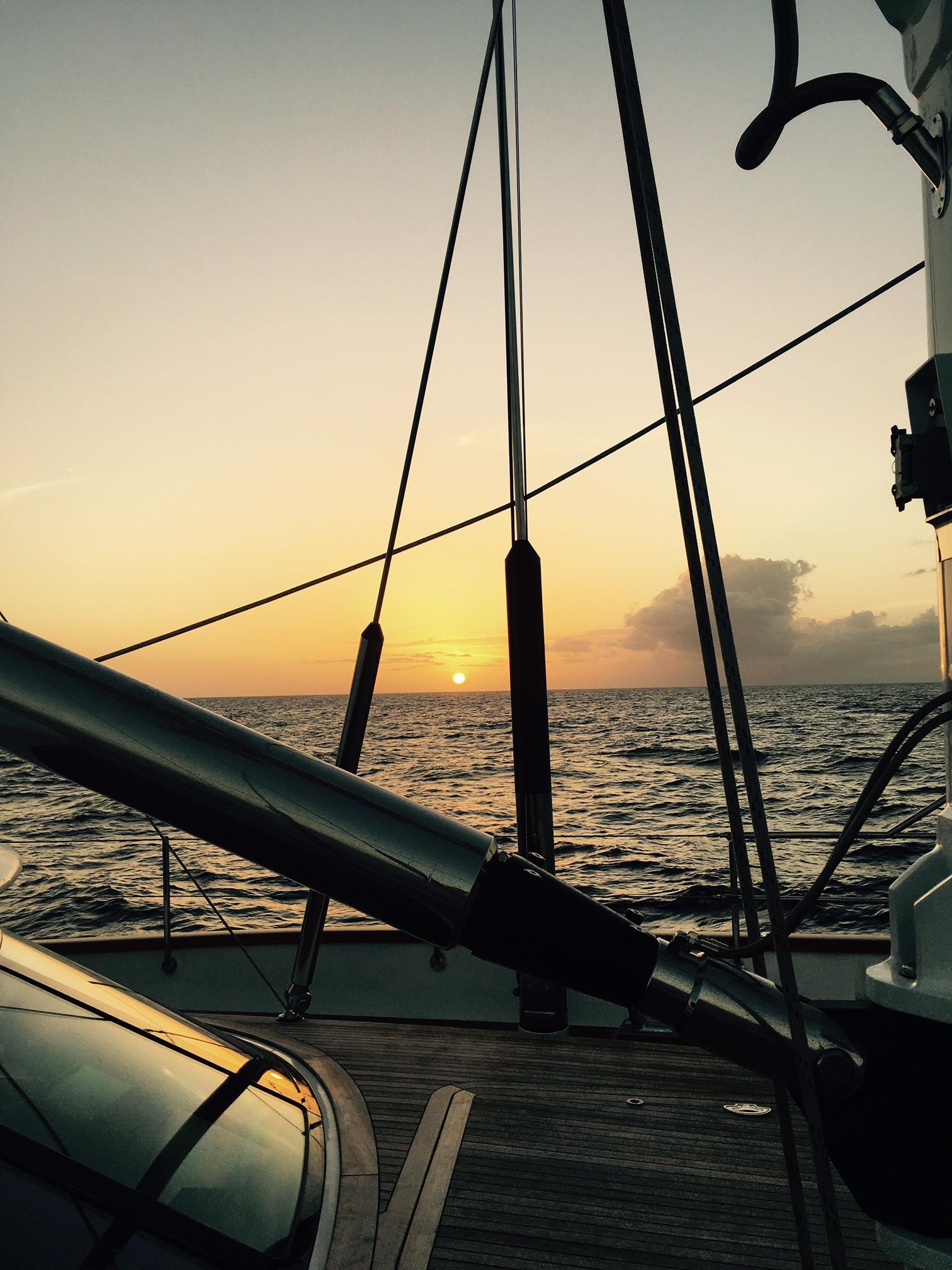 Photo be: Sunsets R Us Thomas