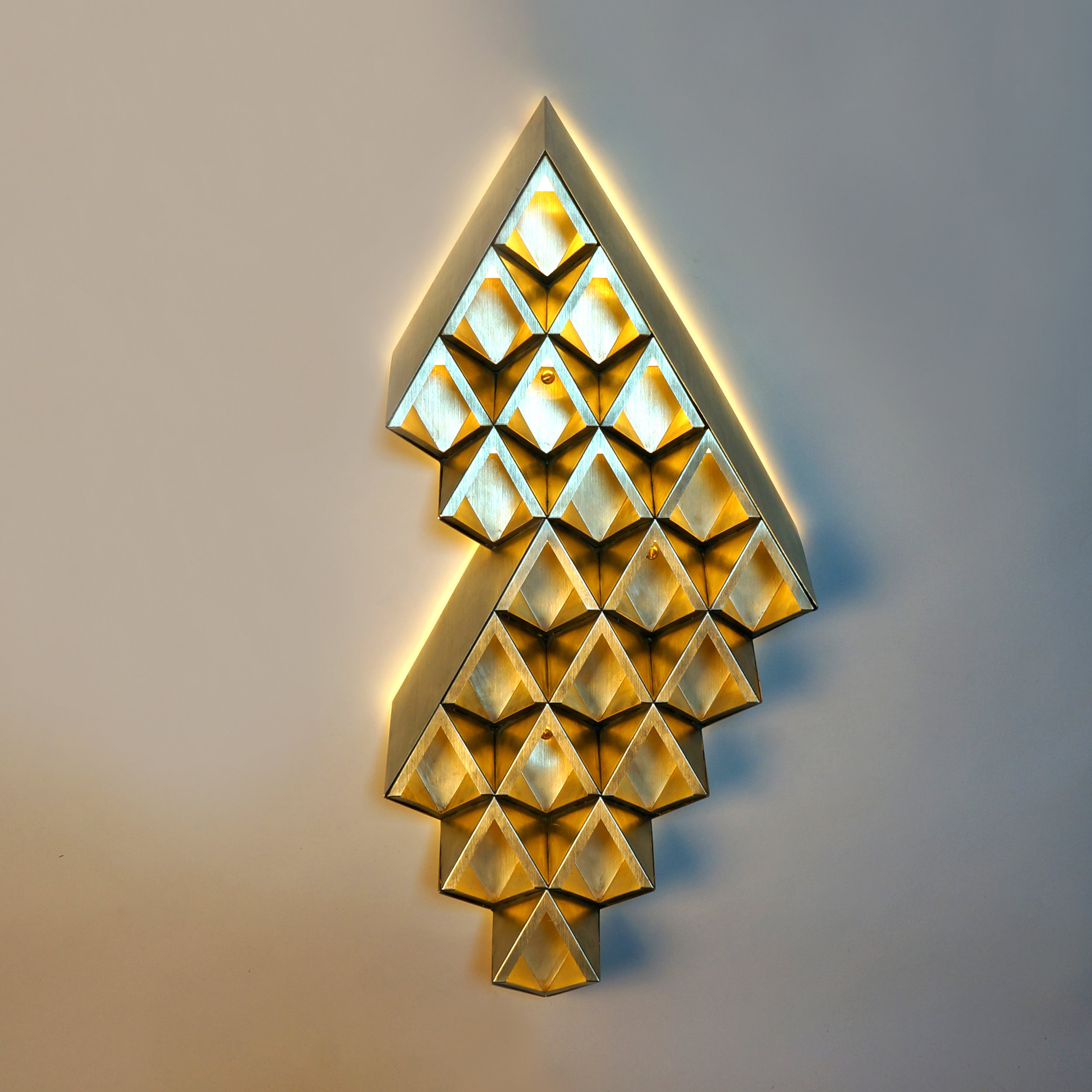 Medium Diamond_Light On_Square.jpg