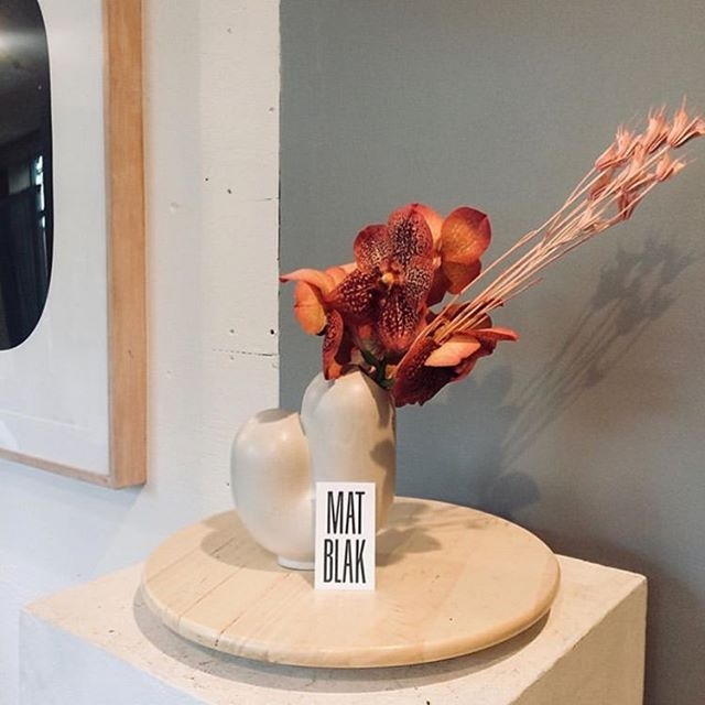 Happy Mother's Day- 🌸 Gorgeous one-of-a-kind arrangements by the talented  @nycrioter in our Kirby Vases now available @matblaknewyork ✌️ 🙏 🤩  398 Van Brunt St. Brooklyn, NY  #happymothersday #vases #kirbies #flowers #dsfloral