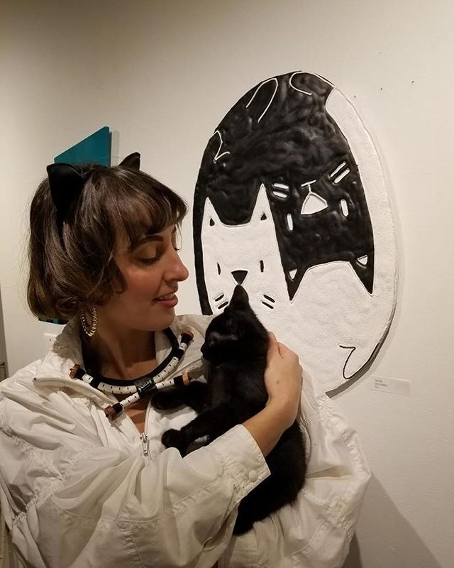 """▪️▫️◾️◻️⬛️◻️◾️▫️▪️ my painting YING YANG CATS (with curator @andienicole_art in white with black cat """"Boo"""") ⚪️⚫️⚪️⚫️⚪️⚫️⚪️⚫️⚪️ ($200! 1/2 proceeds go to @scat_streetcatrescue )"""