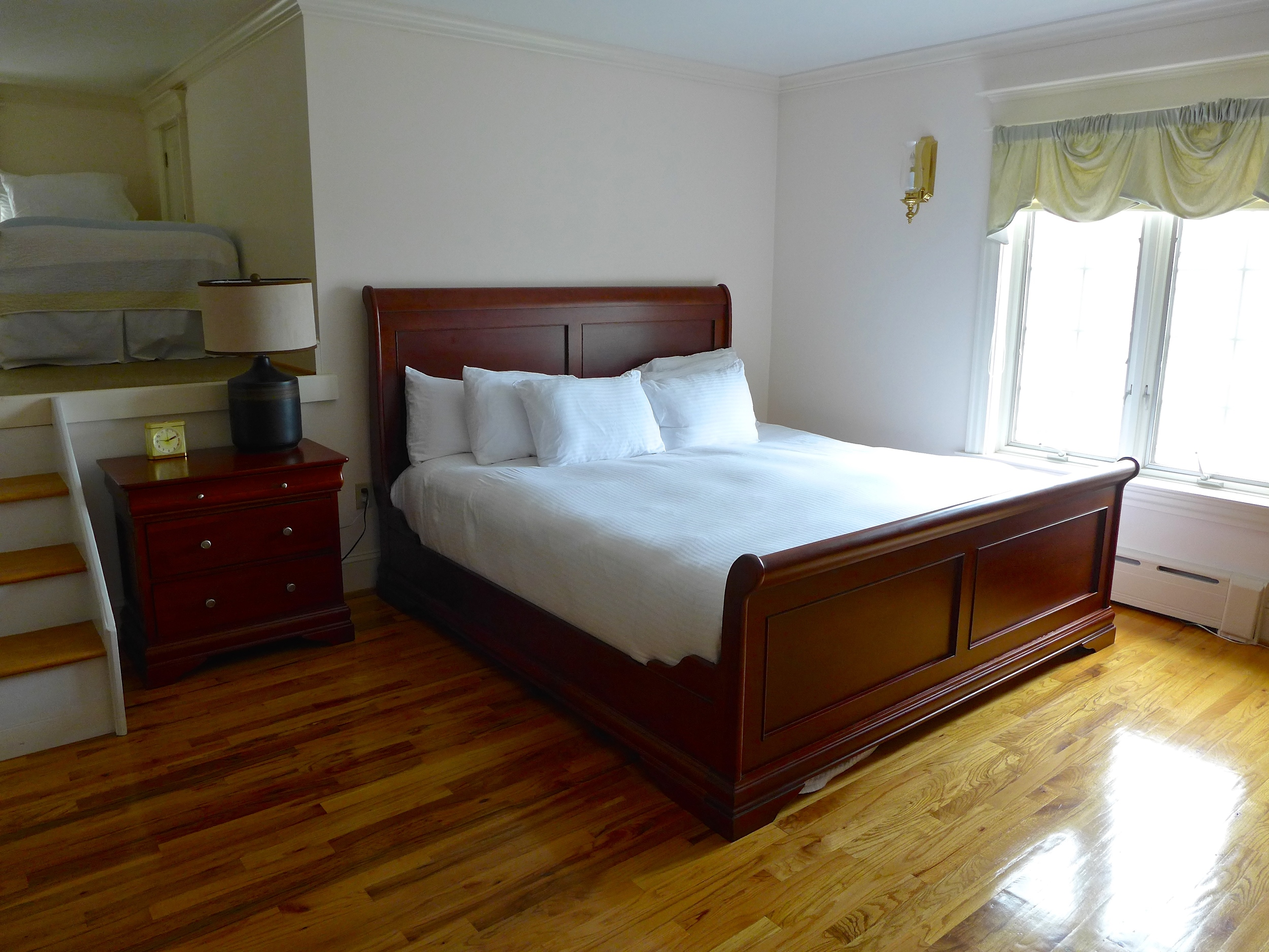 Oneanta NY's best hotel room