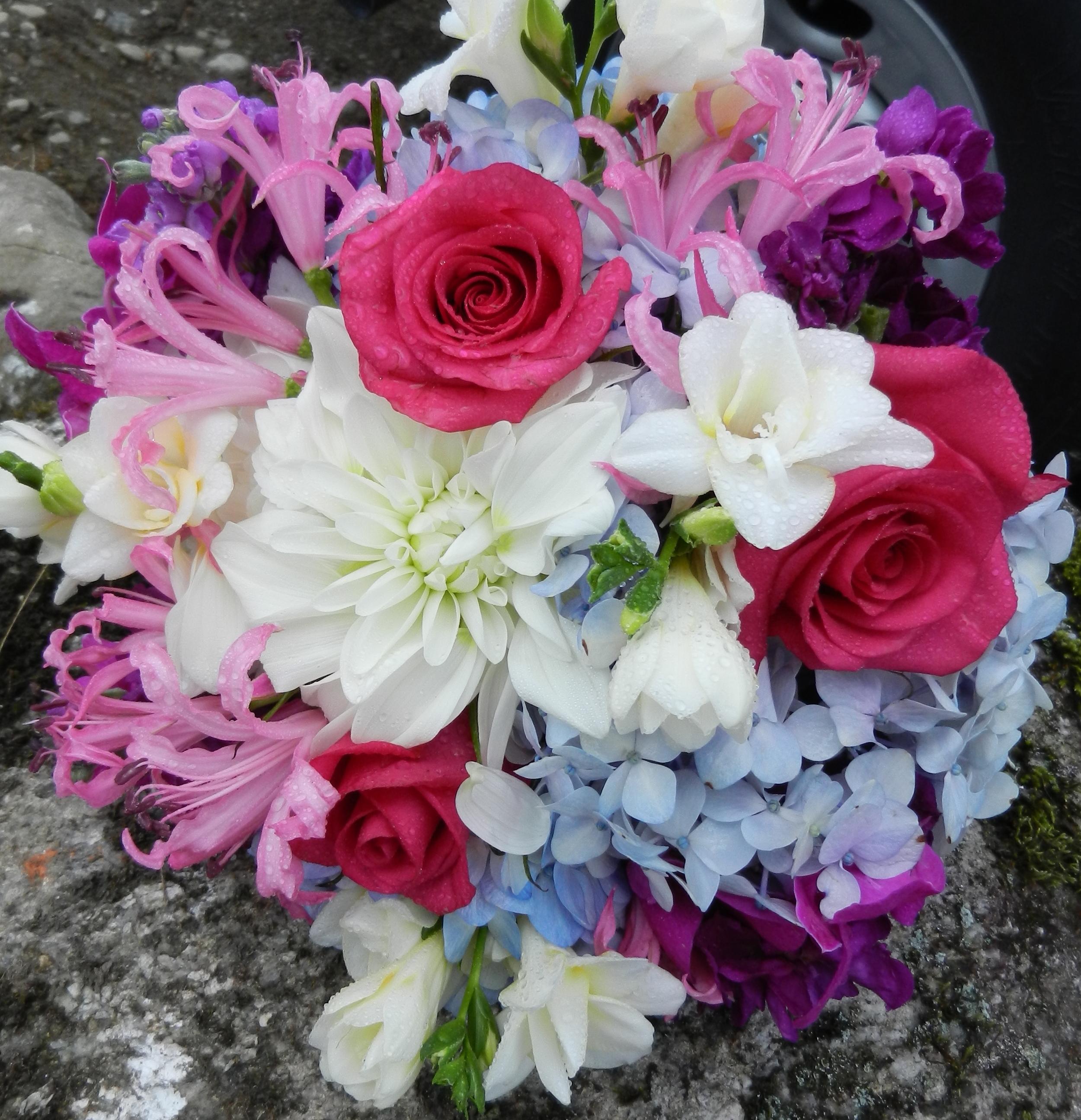 pink_blue-summer bouquet.jpg