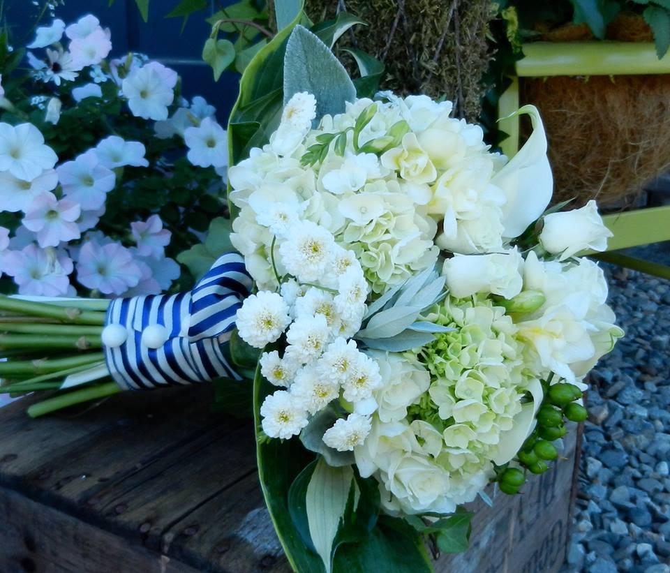 whites-bouquet-summer.jpg