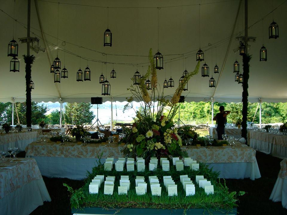 lanterns-receptionm-spring.jpg
