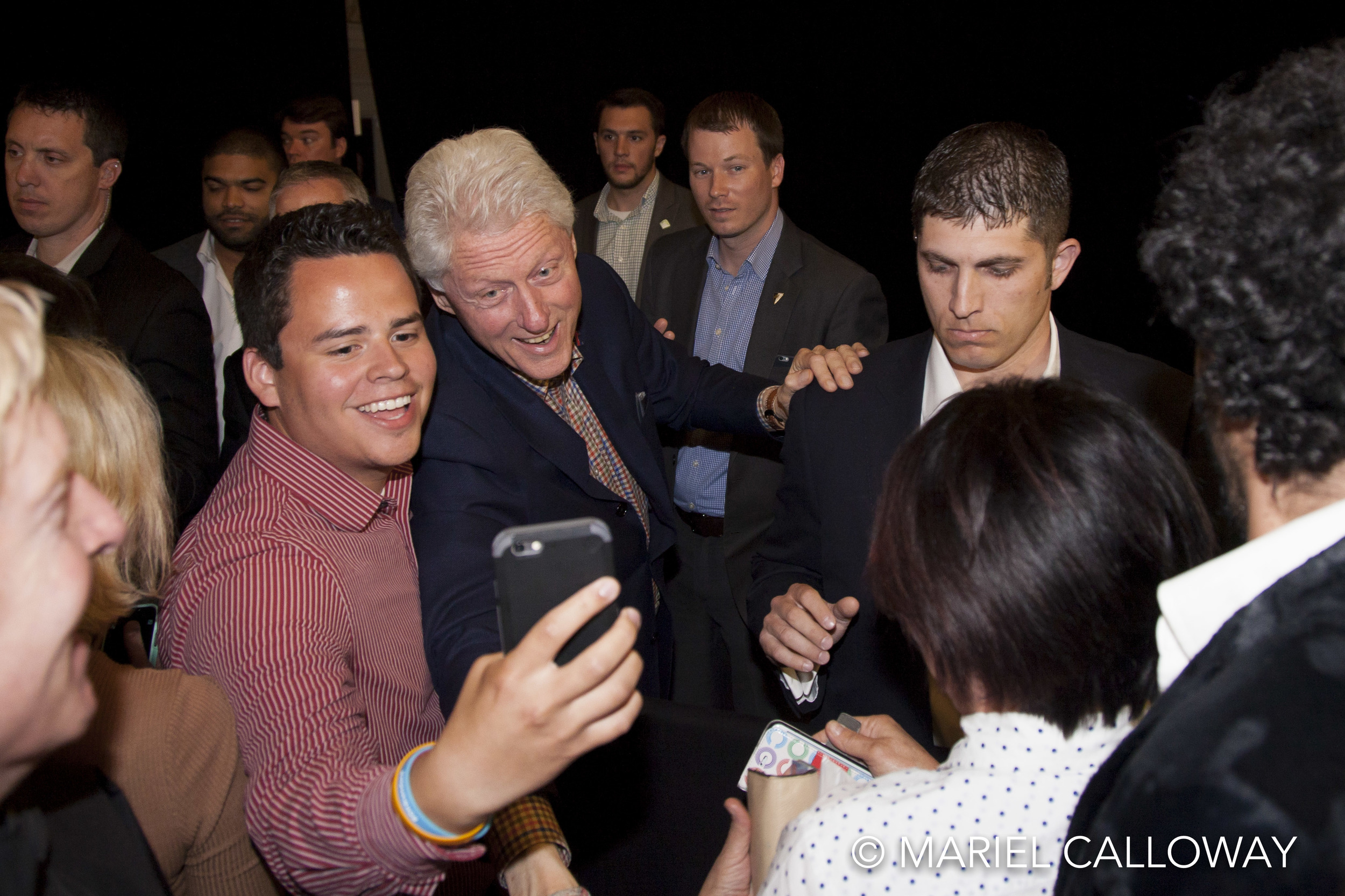 Bill-Clinton-Koreatown-Los-Angeles-050416-48.jpg