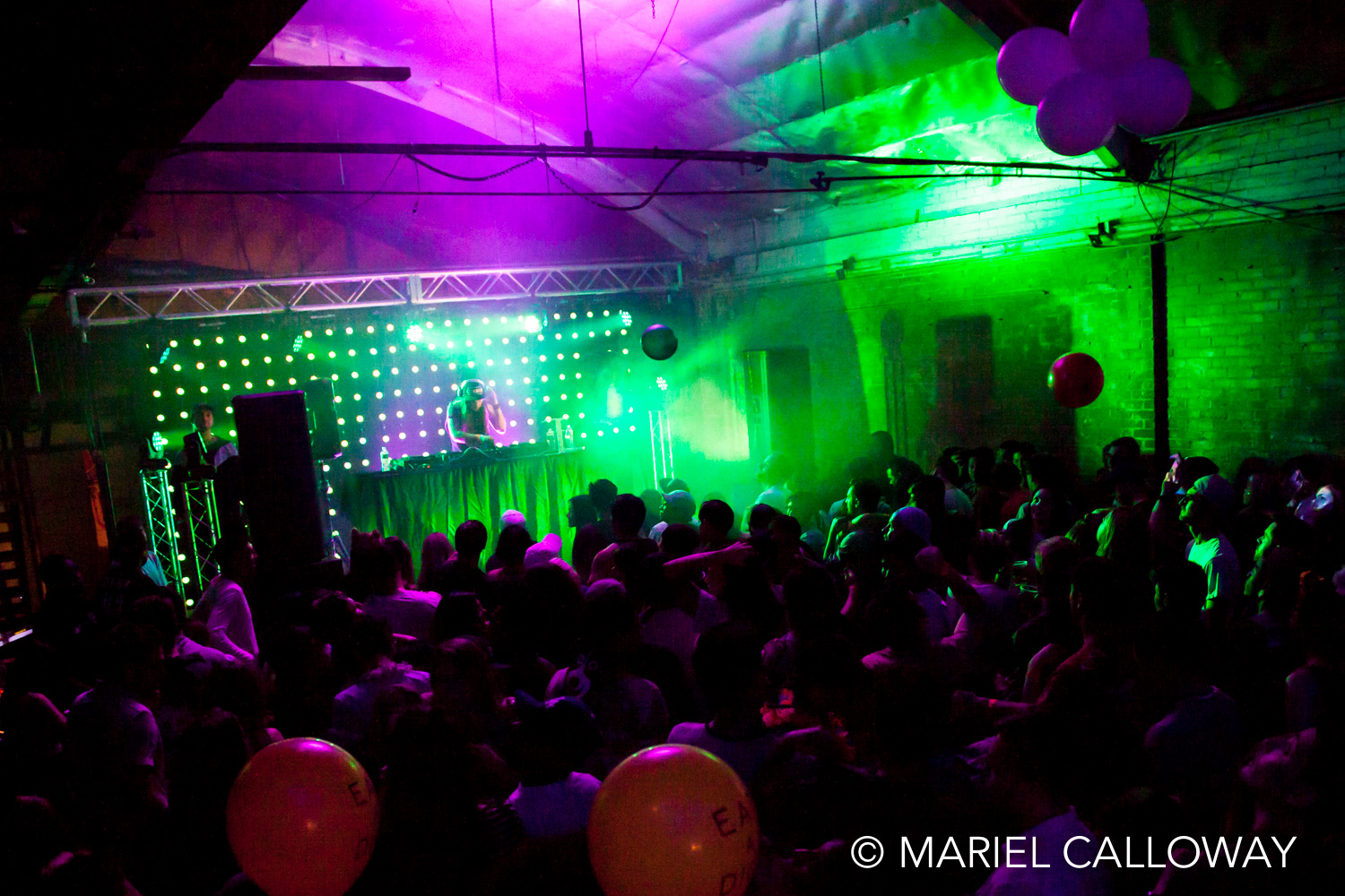 Los-Angeles-Concert-Photography-Small-sRGB-32.jpg