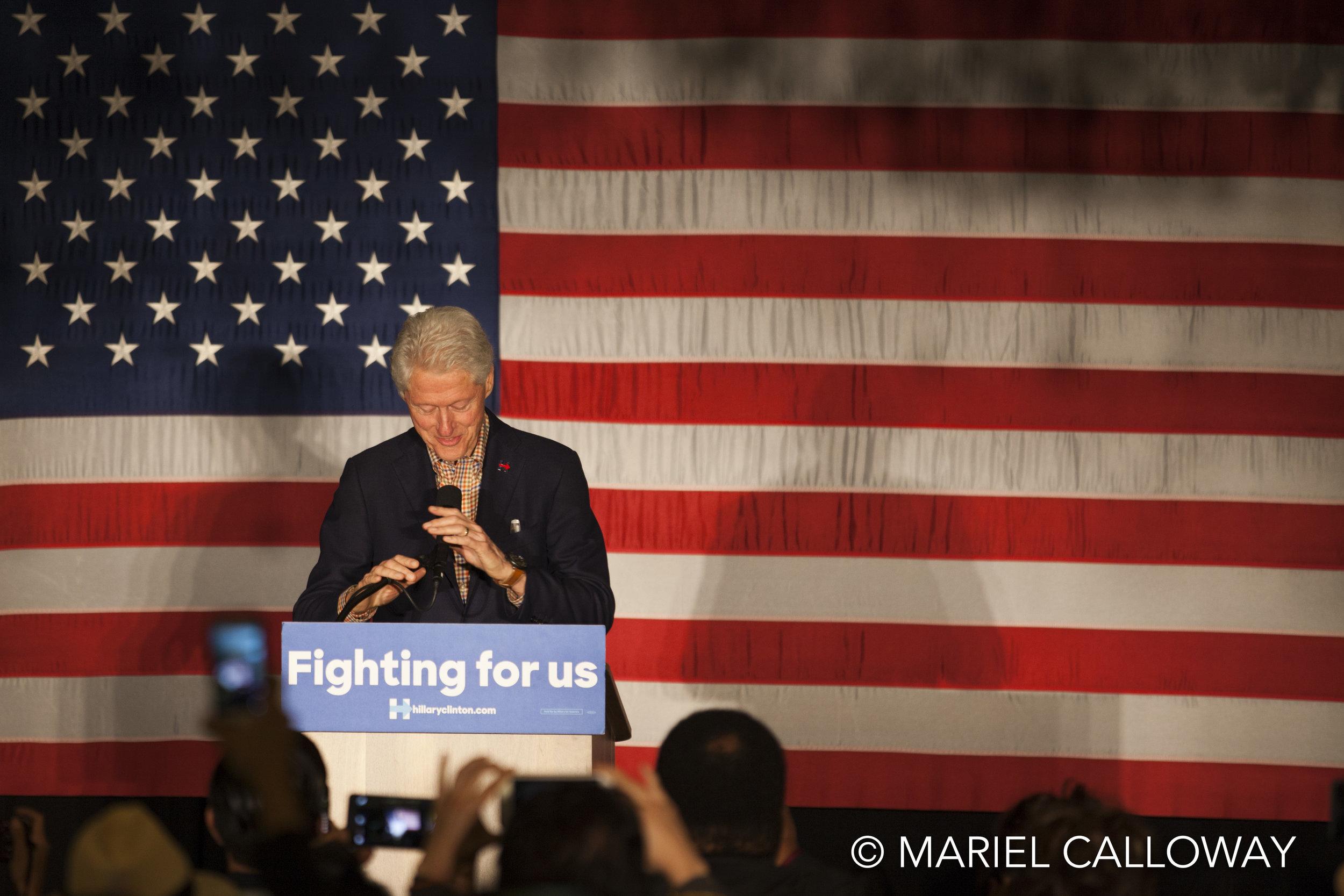 25_Bill-Clinton-Koreatown-Los-Angeles-050416-22.jpg