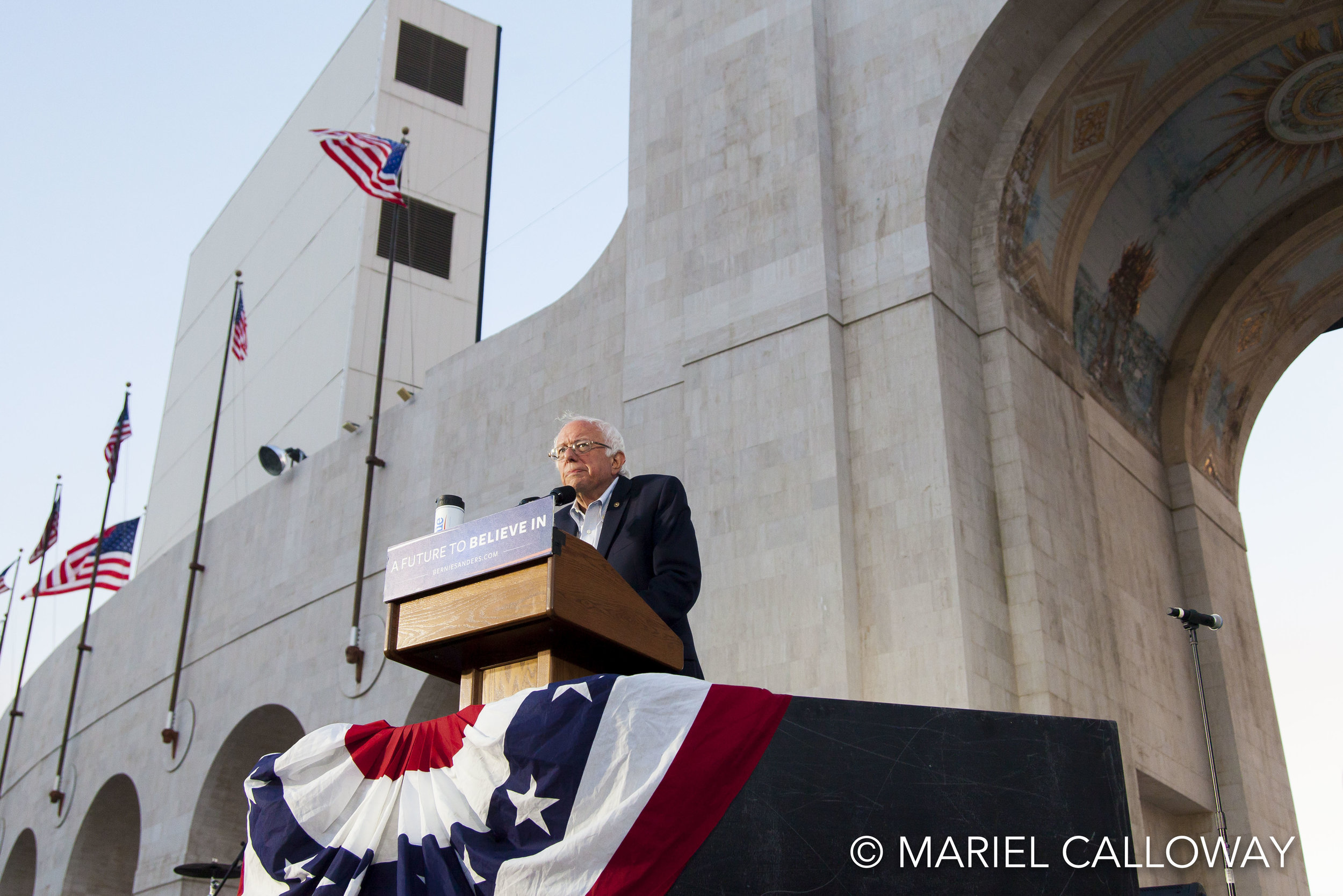 Bernie-Sanders-Mariel-Calloway-LA-Coliseum-10.jpg