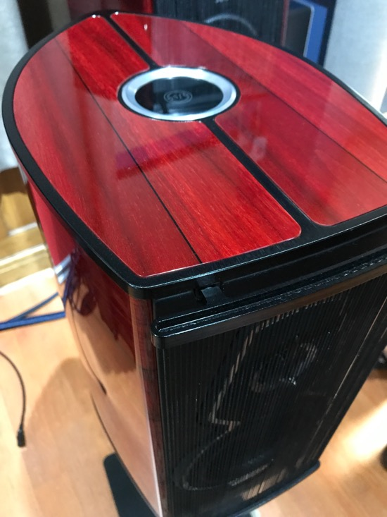 Another example of exquisite Sonus Faber design and implementation. Stradivarius would be proud.