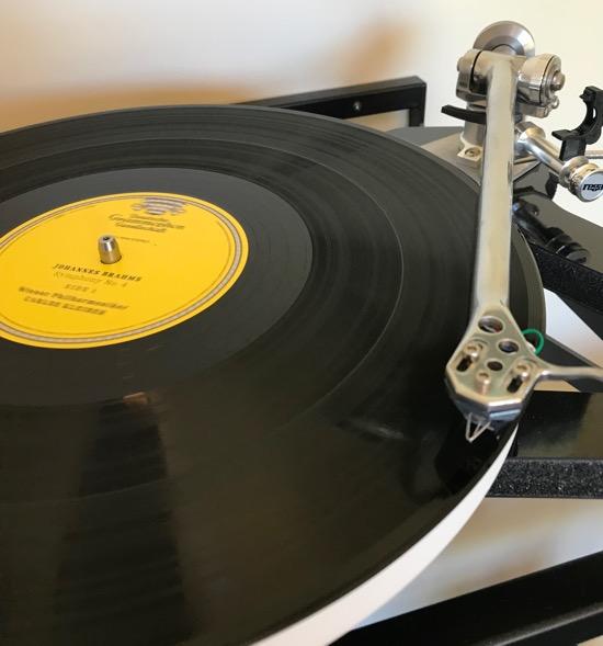 My Rega Research RP10/Rega Research Apheta Moving Coil Cartridge playing DG's virgin 180g vinyl.