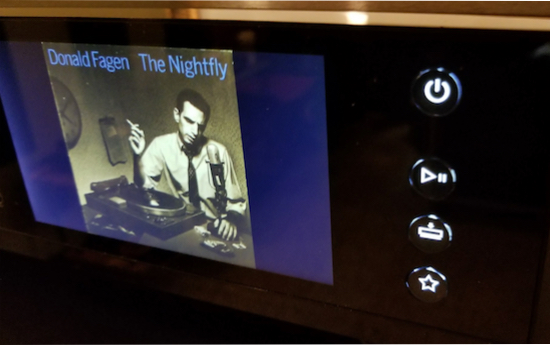 Donald Fagen lighting up as you get close. A superb LCD. Why can't all digital boxes have a screen like this?