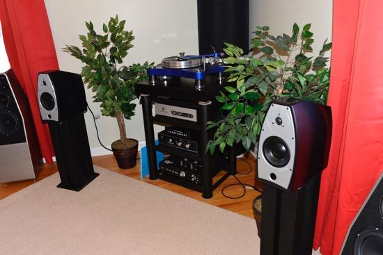 3rd room. VPI Prime Scout, VPI Voyager phono stage, Rogers 65-V1 Integrated Amplifier. Speakers are EgglestonWorks Nico SEs.