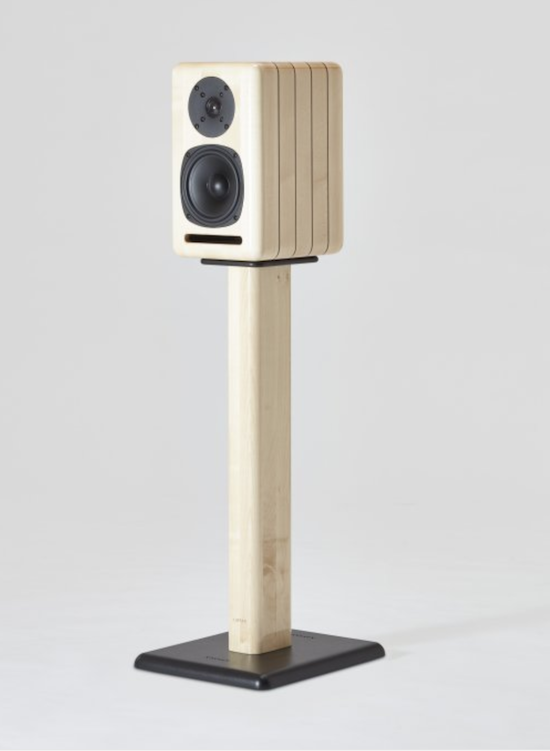 The new finish 'Marina'—a luxury finish of light maple with walnut insert (with Perla stands).