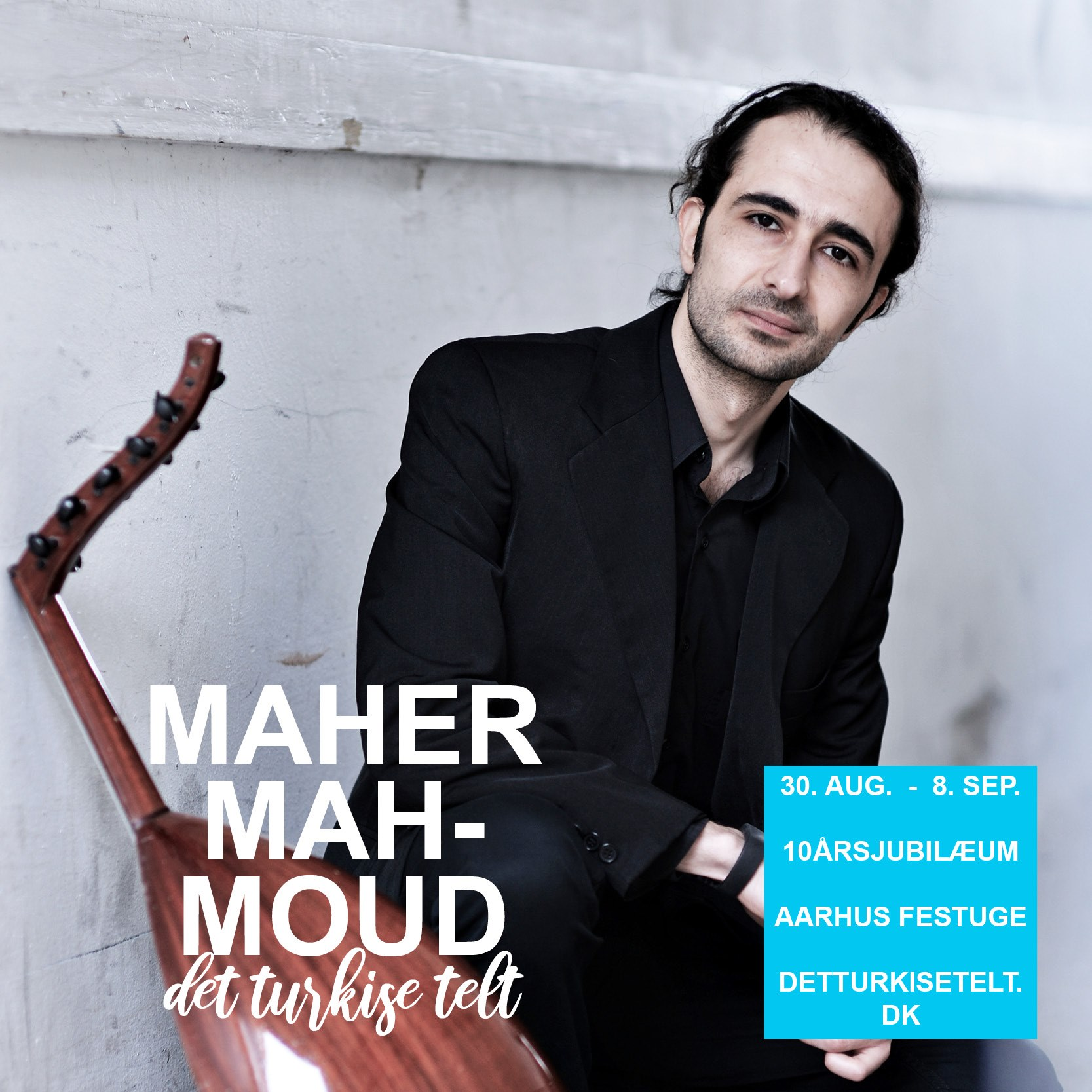 Oud Solo Concert - Syrian Oud master performs Arabic traditional music with a solo concertAn incredibly accomplished musician is once again visiting the turquoise tent. Maher Mahmoud has been playing music since he was only six years old, and it flows not only from every note he strikes, but also from his long list of musical achievements.. Diplomas from music academies in both Damascus and Aarhus, interaction with big bands, symphony orchestras, jazz musicians and other equilibrists, masterful skills in both classical and folk music and recognized as both composer and arranger. Now Maher Mahmoud is retiring in his well-known role as a solo artist, inviting the audience to experience Arabic music very closely with both traditional pieces and his own compositions. With a guarantee a beautiful and healing experience awaits.Maher Mahmoud plays in the turquoise tent on Thursday, September 5 at 6 p.m.