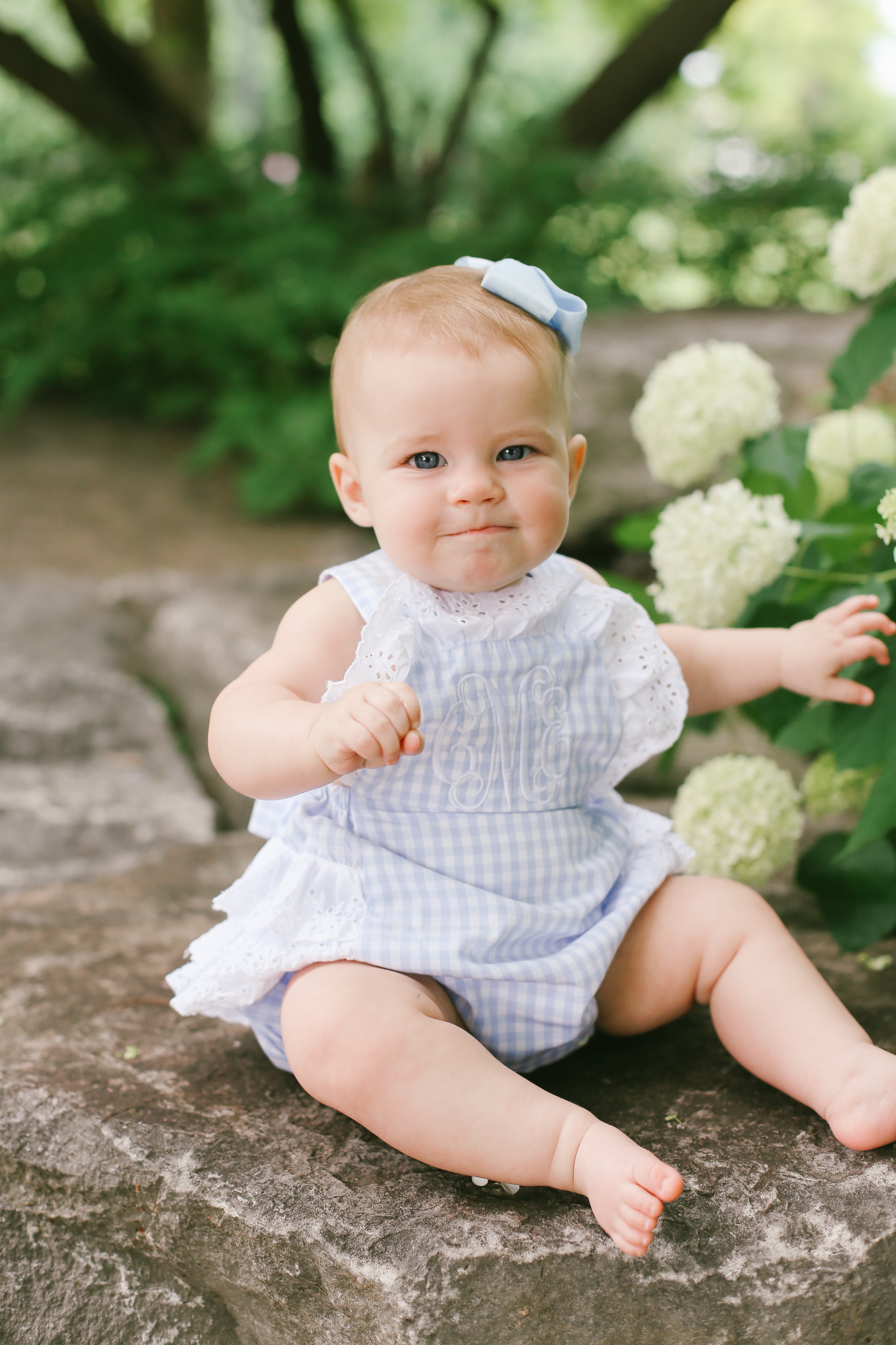 outdoor spring Easter mini sessions
