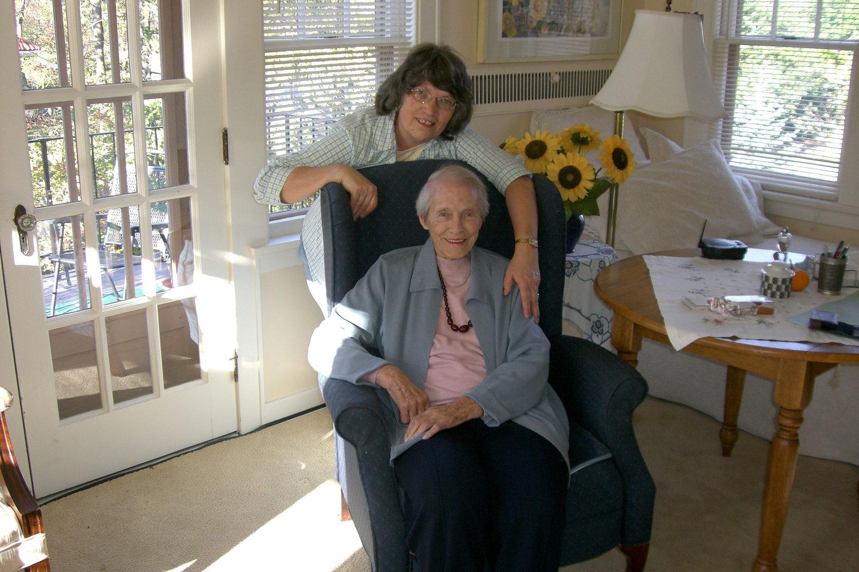 Lynn+R.+and+Mrs.+Rohr.jpg