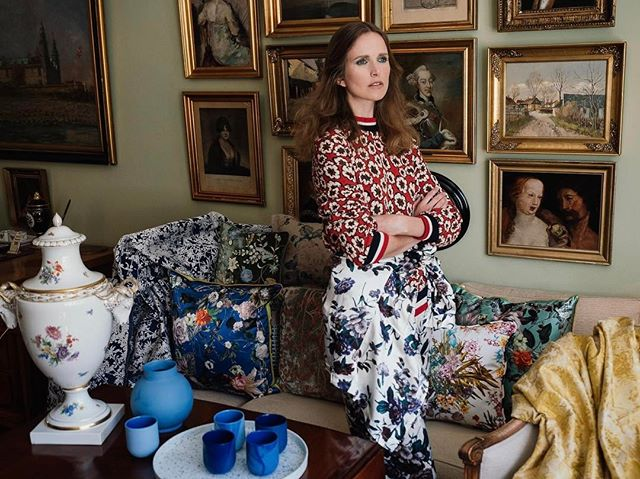 More is more. For @psmagasin issue 9.  Model: @hfstenbeck from @heartbreakmanagement  Styling: #paulinenaerholm @rydengoslo - #interior #interiordesign #art #antique #styling #makeup #olympuspen #olympus #getolympus #psmagasin #pattern